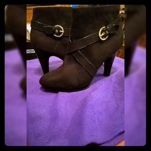 """Christian Siriano Black Suede Ankle Boots""""size 8."""